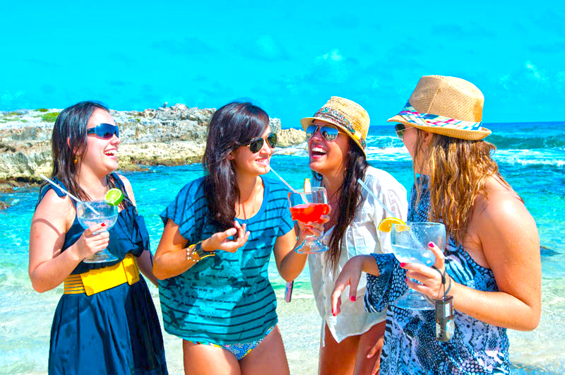 Cozumel bar hop excursion is great for the entire family